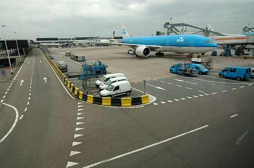 Schiphol airport, Boeing 777